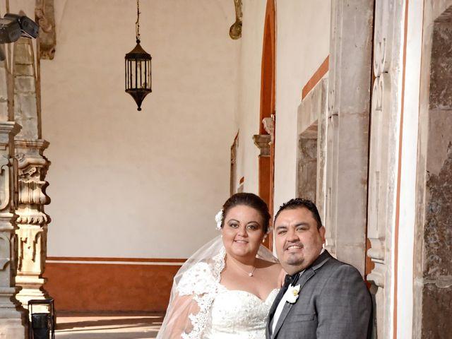 La boda de Christian y Ivonne en Salamanca, Guanajuato 20