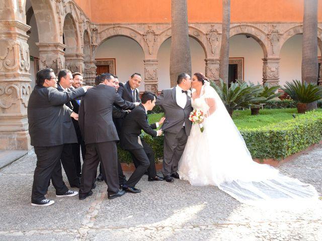 La boda de Christian y Ivonne en Salamanca, Guanajuato 21