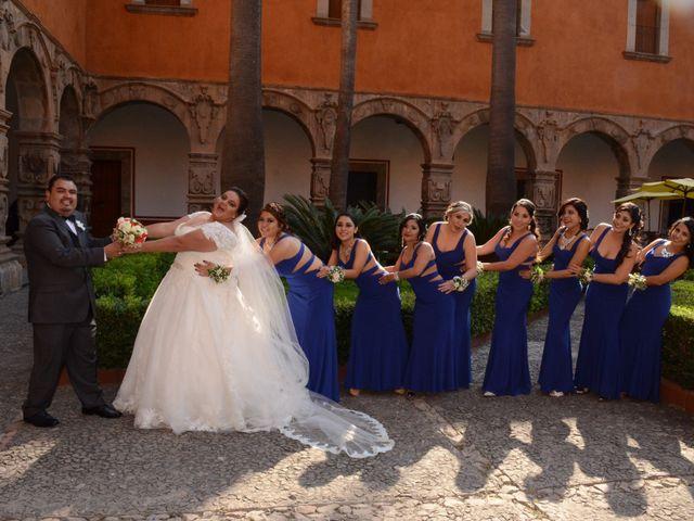 La boda de Christian y Ivonne en Salamanca, Guanajuato 24
