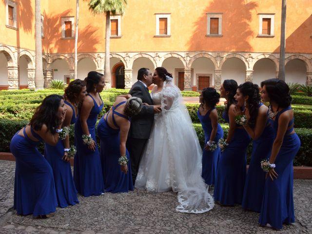 La boda de Christian y Ivonne en Salamanca, Guanajuato 28