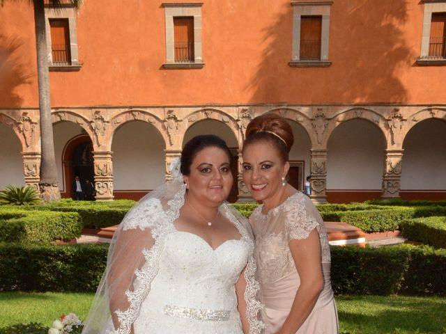La boda de Christian y Ivonne en Salamanca, Guanajuato 30