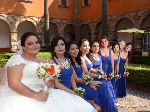 La boda de Christian y Ivonne en Salamanca, Guanajuato 33