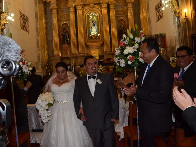 La boda de Christian y Ivonne en Salamanca, Guanajuato 56