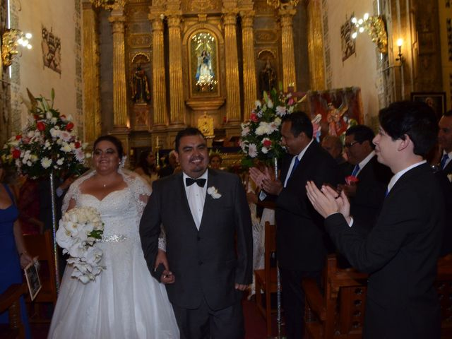 La boda de Christian y Ivonne en Salamanca, Guanajuato 57