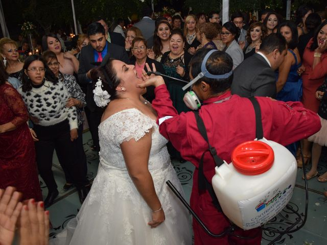 La boda de Christian y Ivonne en Salamanca, Guanajuato 76