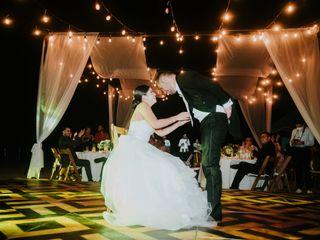 La boda de Sayra y Víctor 3