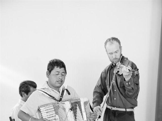 La boda de Juan y LIli en Oaxaca, Oaxaca 23