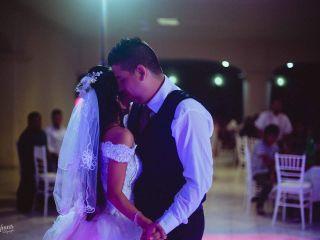La boda de Angeles  y Alan Marco 3