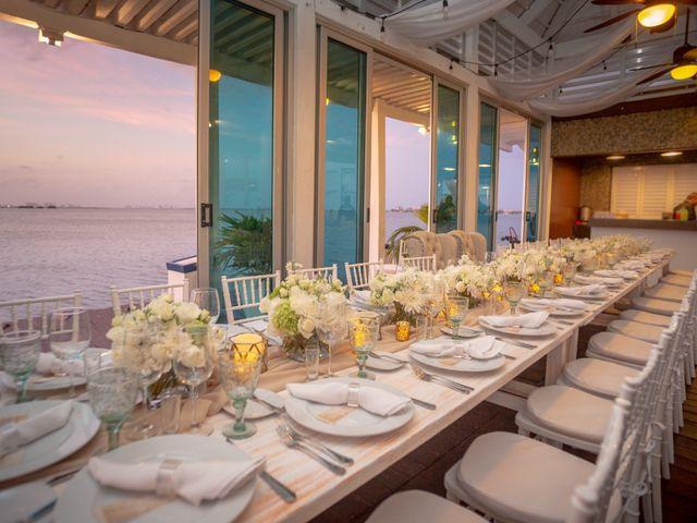 La boda de Alejandro y Elena en Cancún, Quintana Roo 20