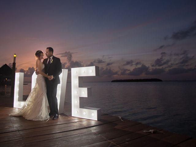 La boda de Alejandro y Elena en Cancún, Quintana Roo 21