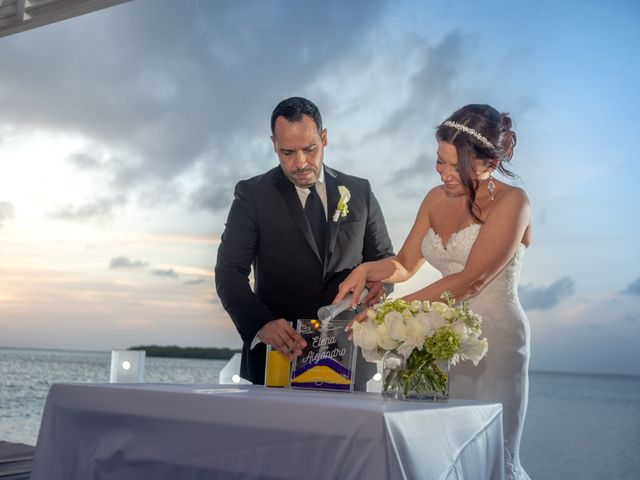 La boda de Alejandro y Elena en Cancún, Quintana Roo 38