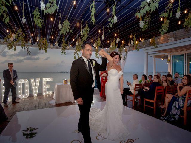 La boda de Alejandro y Elena en Cancún, Quintana Roo 40