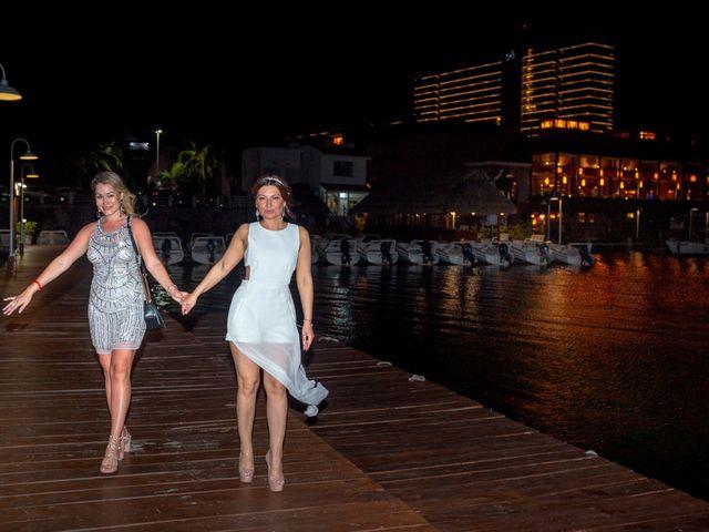 La boda de Alejandro y Elena en Cancún, Quintana Roo 49