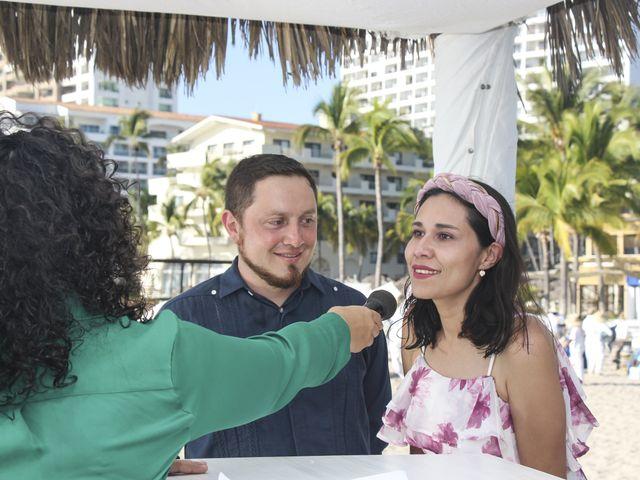 La boda de Gerardo y Elizabeth en Puerto Vallarta, Jalisco 13