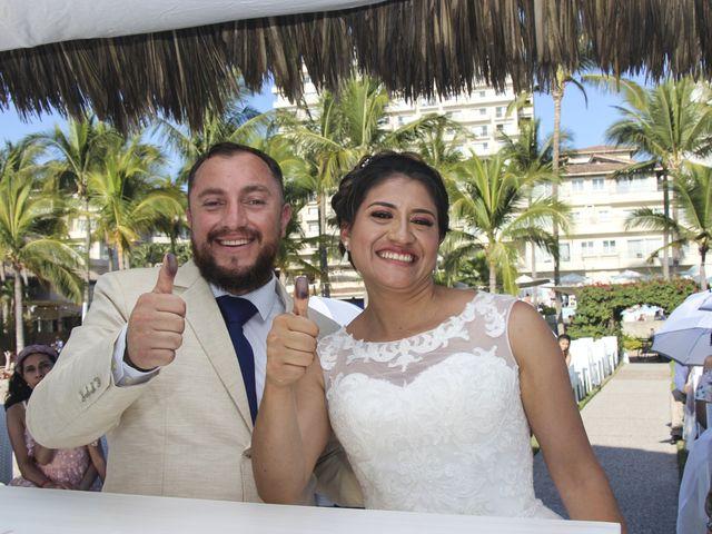 La boda de Gerardo y Elizabeth en Puerto Vallarta, Jalisco 17