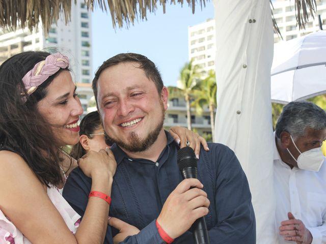 La boda de Gerardo y Elizabeth en Puerto Vallarta, Jalisco 18