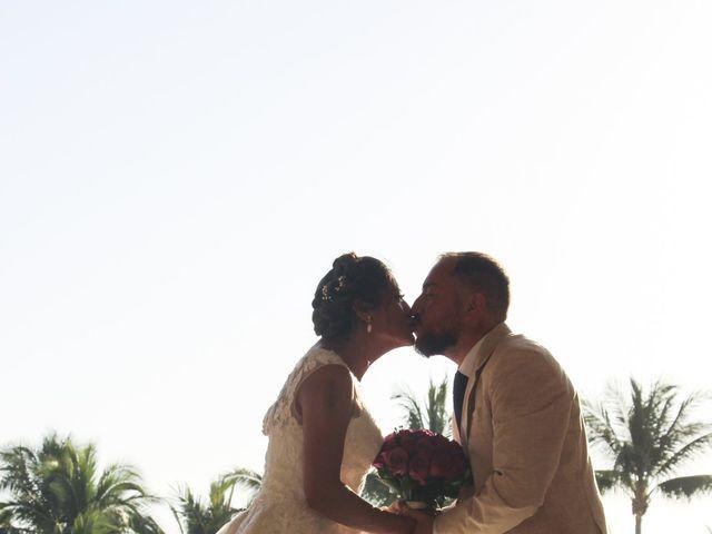 La boda de Gerardo y Elizabeth en Puerto Vallarta, Jalisco 24