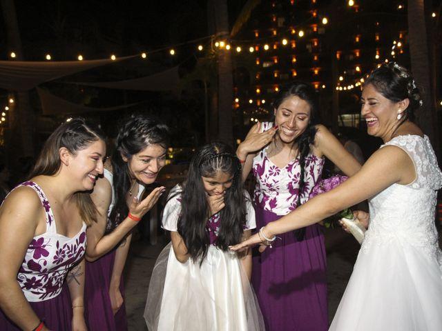 La boda de Gerardo y Elizabeth en Puerto Vallarta, Jalisco 25