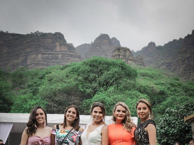 La boda de Lalo y Bárbara en Tepoztlán, Morelos 24