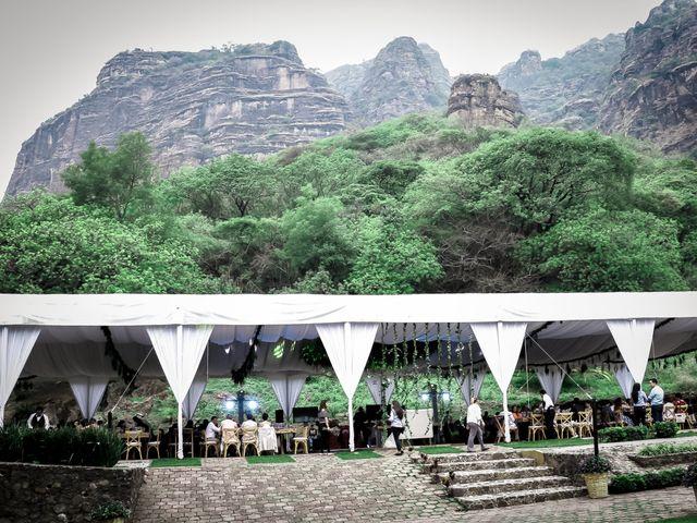 La boda de Lalo y Bárbara en Tepoztlán, Morelos 31