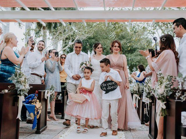 La boda de Adolfo y Val en Jojutla, Morelos 41