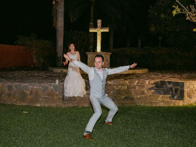 La boda de Adolfo y Val en Jojutla, Morelos 170