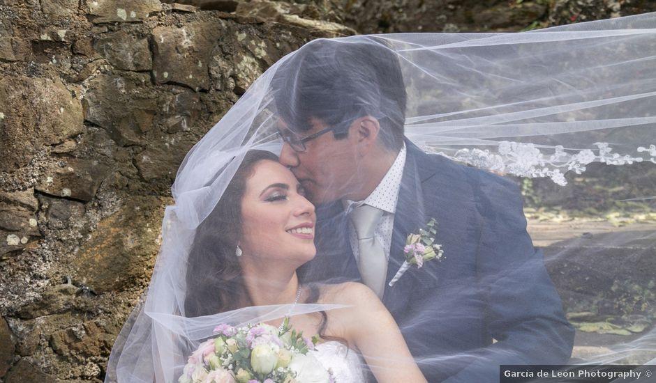 La boda de Carlos y Mayela en Uruapan, Michoacán