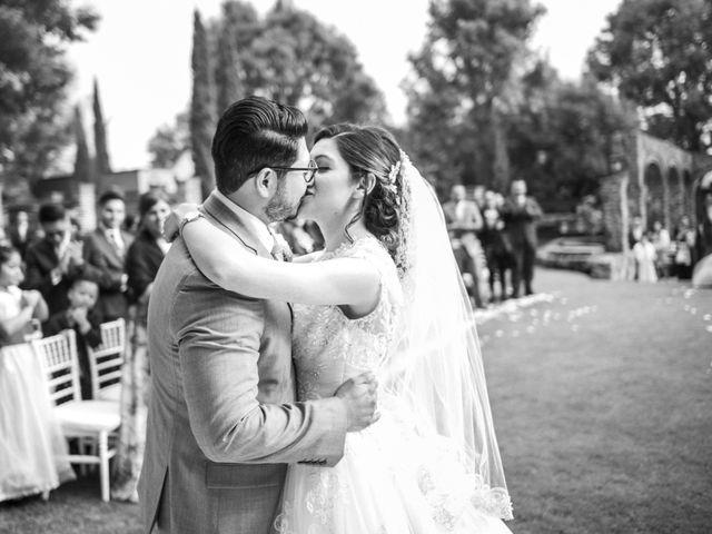 La boda de Martin y Mara en Tepotzotlán, Estado México 24