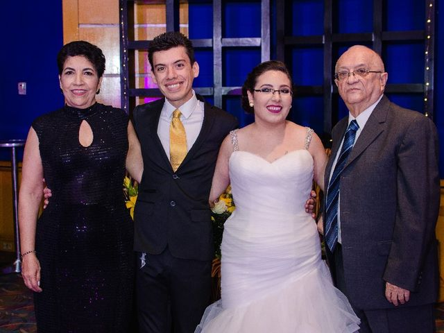 La boda de Rogelio y Natalia en Monterrey, Nuevo León 15