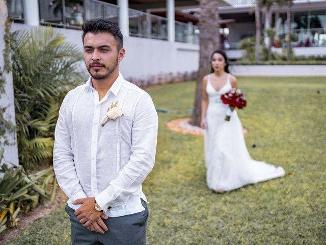 La boda de Adrián y Alejandra en Cancún, Quintana Roo 34