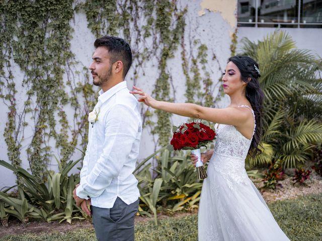 La boda de Adrián y Alejandra en Cancún, Quintana Roo 35