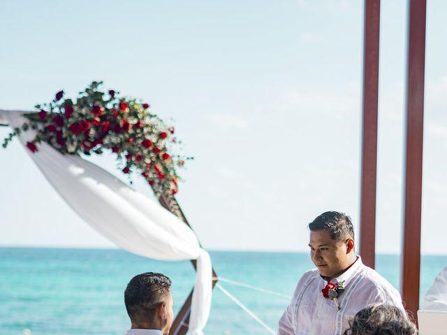 La boda de Adrián y Alejandra en Cancún, Quintana Roo 48