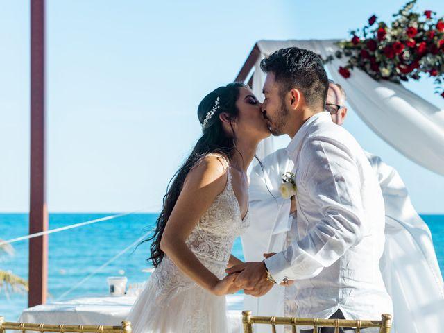 La boda de Adrián y Alejandra en Cancún, Quintana Roo 52