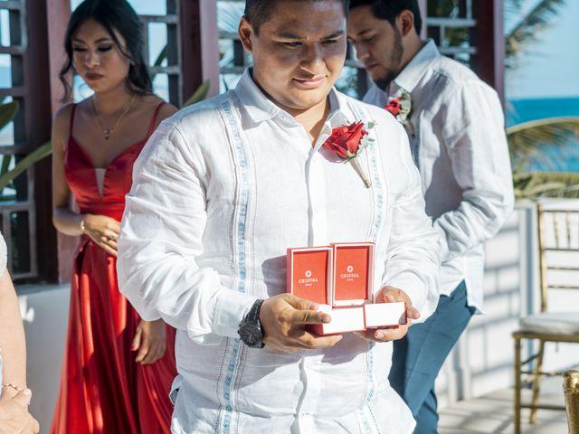 La boda de Adrián y Alejandra en Cancún, Quintana Roo 53