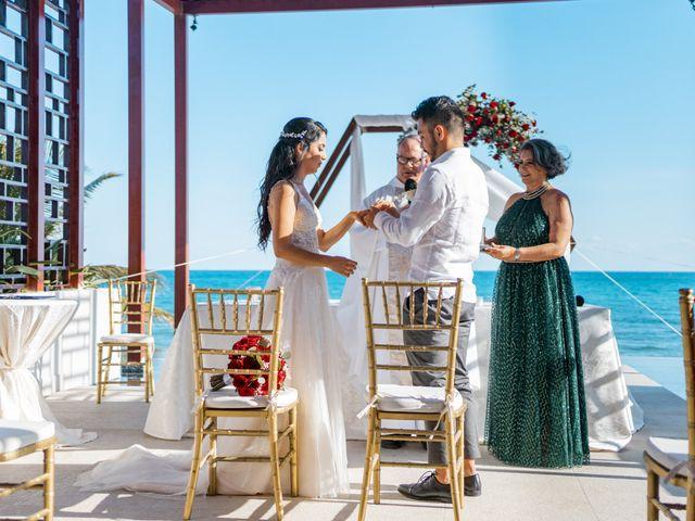La boda de Adrián y Alejandra en Cancún, Quintana Roo 54
