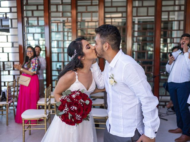 La boda de Adrián y Alejandra en Cancún, Quintana Roo 61