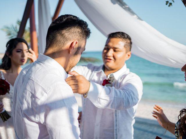 La boda de Adrián y Alejandra en Cancún, Quintana Roo 65