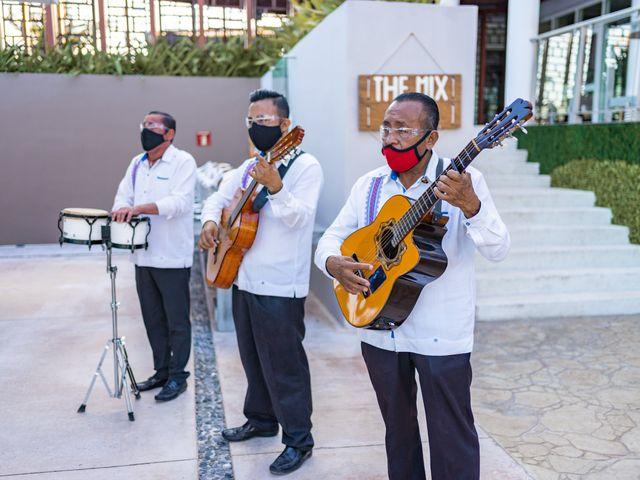 La boda de Adrián y Alejandra en Cancún, Quintana Roo 75