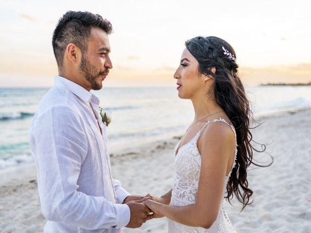 La boda de Adrián y Alejandra en Cancún, Quintana Roo 86