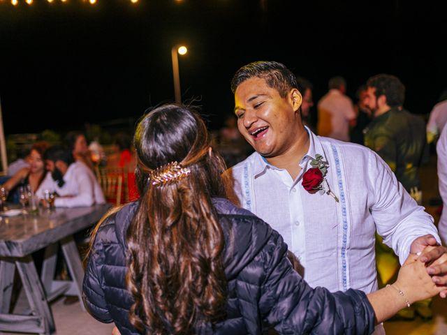 La boda de Adrián y Alejandra en Cancún, Quintana Roo 102