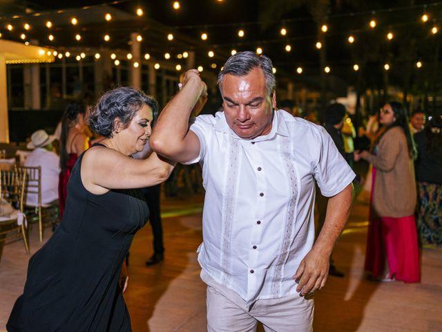 La boda de Adrián y Alejandra en Cancún, Quintana Roo 103