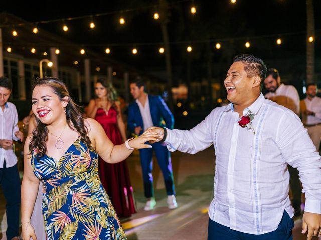 La boda de Adrián y Alejandra en Cancún, Quintana Roo 106
