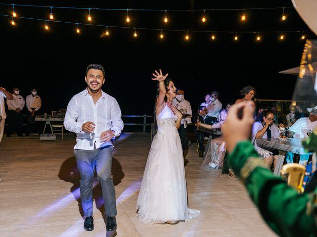 La boda de Adrián y Alejandra en Cancún, Quintana Roo 114