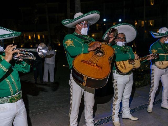 La boda de Adrián y Alejandra en Cancún, Quintana Roo 116