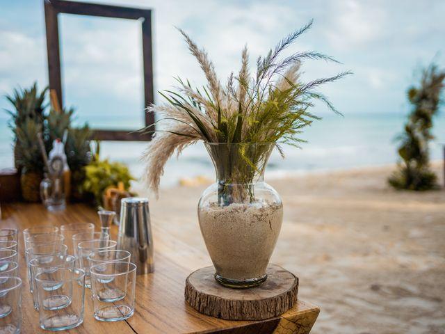 La boda de Fernando y Carmen en Playa del Carmen, Quintana Roo 36