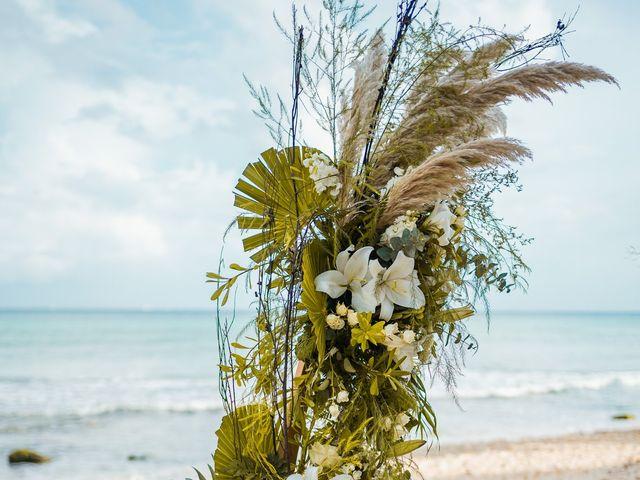 La boda de Fernando y Carmen en Playa del Carmen, Quintana Roo 37