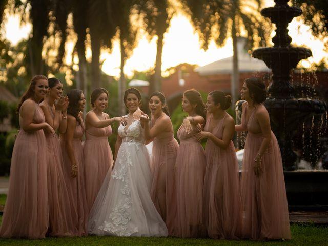 La boda de Javier y Paulina en Cancún, Quintana Roo 13