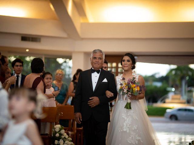 La boda de Javier y Paulina en Cancún, Quintana Roo 14
