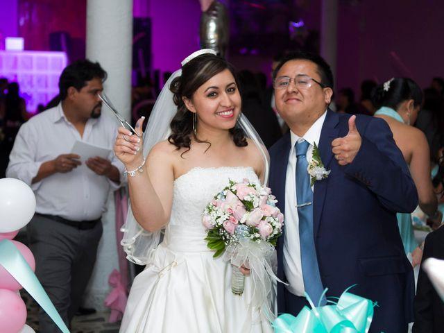 La boda de Carlos y Gissel en Ecatepec, Estado México 12