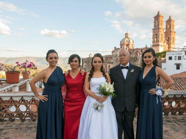 La boda de Tzulic y Denise en Taxco, Guerrero 26